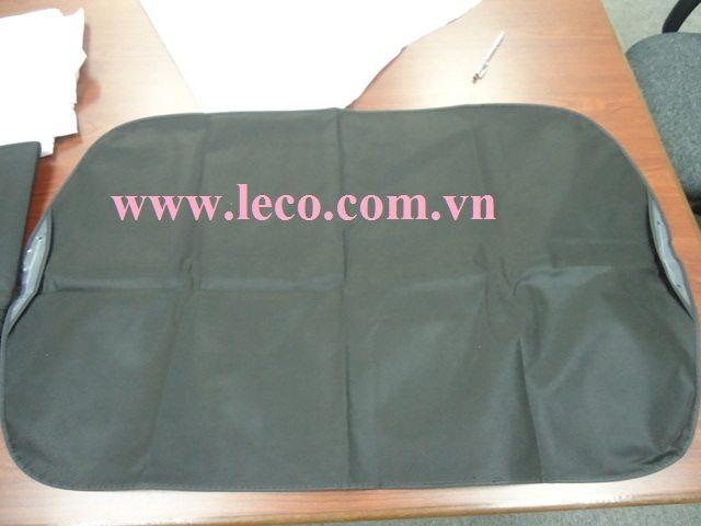 Ngày càng có nhiều doanh nhân sử dụng túi bọc áo vest cho các sự kiện quan trọng.