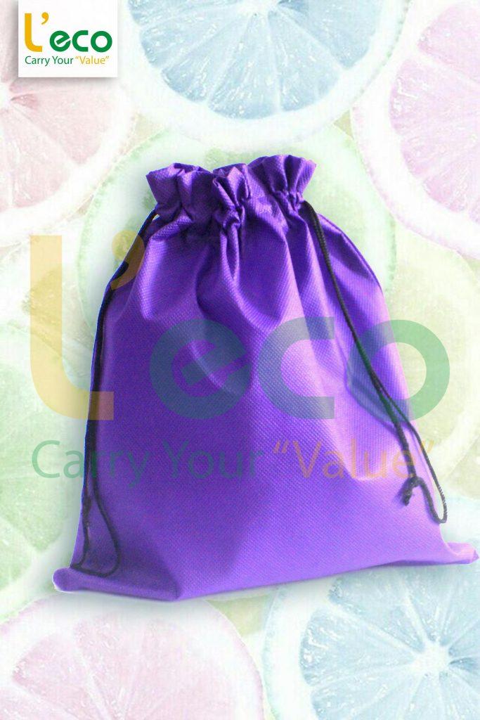 túi vải dây rút chất liệu vải không dệt